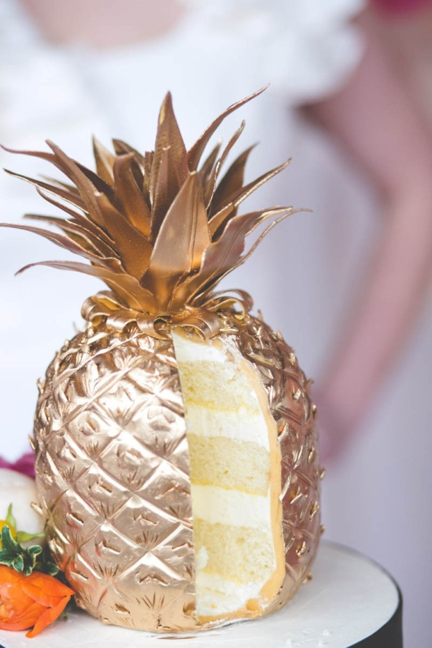 DIY Golden Pineapple Cake | Mined Bold